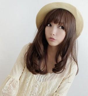 温柔可爱的韩式长发烫发