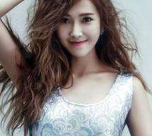 Jessica蓬蓬卷髮演繹復古風情